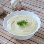 Чесночный соус для гренок
